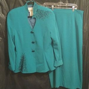 Lillie Rubin embellished dress suit